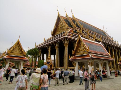 grand palace visitors