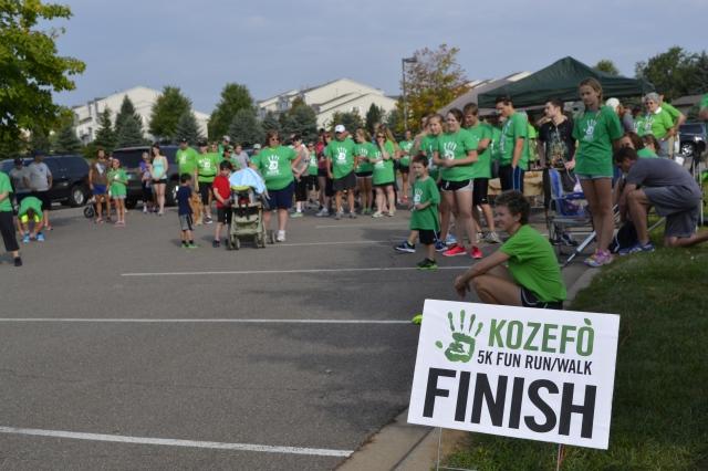 5K Runners:walkers waiting